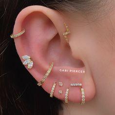 Piercing: Conozca a los profesionales que se destacan en Brasil Pierc . - E A R P I E R C I N G S - Piercing Oreja Innenohr Piercing, Cool Ear Piercings, Body Piercings, Triple Lobe Piercing, Multiple Ear Piercings, Ear Jewelry, Fine Jewelry, Jewellery, Piercings Bonitos