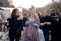 Sofia Coppola and Kirsten Dunst, behind-the-scenes-marie-antoinette Marie Antoinette Film, The Queen Of Versailles, Sofia Coppola Movies, Backstage, Walt Disney, Best Costume Design, 18th Century Costume, 18th Century Fashion, 17th Century