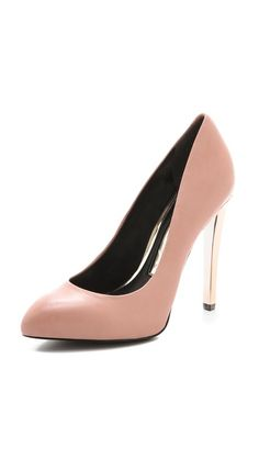 Boutique 9 Fiorensa Pumps.  Beautiful neutral color with a metallic heel