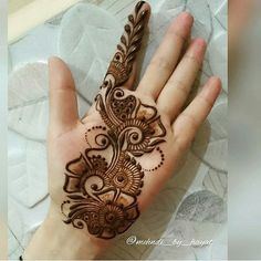 We have got a list of top Arabic Mehndi designs for Hand. You can choose Arabic Mehndi Design for Hand from the list for your special occasion. Henna Hand Designs, Dulhan Mehndi Designs, Mehndi Designs Finger, Latest Arabic Mehndi Designs, Full Hand Mehndi Designs, Mehndi Designs For Beginners, Mehndi Designs For Girls, Mehndi Design Photos, Wedding Mehndi Designs