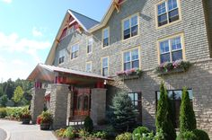 Dickson Manor hotel at Calabogie Peaks Resort and Conference Centre.