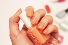 zeitloos.com - Nagellack Favoriten für den Frühling 2015 - Essie Serial Shopper Shopper, Nails Inspiration, Essie, Nail Polish, Beauty, Nail Polishes, Cosmetology, Polish, Gel Polish