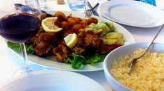 Acompáñanos en esta parte de nuestro viaje gastronómico por Portugal. En la localidad de Tabuaço, en el valle do Douro disfrutamos de la comida local en el restaurante O tachinho da Te