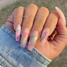 🌿🌺🥀🥛🛁 Milk Bath Nails - Inspo Do you have a favorite? Drip Nails, Aycrlic Nails, Cute Nails, Pretty Nails, Bright Red Nails, Pastel Nails, Long Square Nails, Milk Bath, Flower Nails