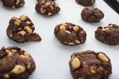 Double chocolate flourless cookie with salted peanuts - The well balanced FODMAPer—Kate Scarlata RDN Fodmap Dessert Recipe, Fodmap Recipes, Dairy Free Recipes, Gluten Free, Peanut Cookie Recipe, Peanut Cookies, Cookie Recipes, Flourless Chocolate Cookies, Chocolate Flavors