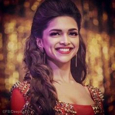 "I think i shud change the name of this board and change it to ""Deepika Padukone"" b'cuz most of the tym i'm posting her images. Bollywood Stars, Bollywood Fashion, Bollywood Girls, Beautiful Bollywood Actress, Beautiful Actresses, Deepika Padukone Style, Indian Celebrities, Beauty Queens, Indian Beauty"