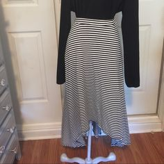 High/Low Striped skirt Black and ivory striped skirt features a high/Low hem line. Excellent condition Skirts
