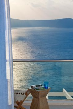 Santorini House, Santorini Honeymoon, Santorini Island, Greece Honeymoon, Nature Beach, Greece Islands, Greece Travel, Oh The Places You'll Go, Beautiful Places