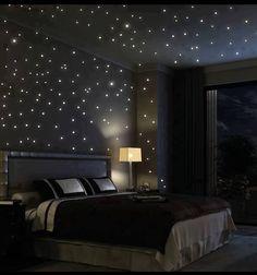 Starry night bedroom | Sleep well in a Swiss Sense boxspring <3