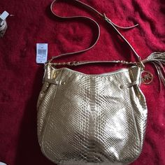 """NWT-Rare!-Michael Kors Gold Snakeskin Print MK medium to large patent leather snake print gold should bag. Double strap and NWT. Dimensions 11"""" x 12"""" Michael Kors Bags Shoulder Bags"""