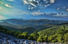 Photo Shoot in the Shenandoah National Park: Blackrock Summit Shenandoah National Park, Natural Park, Blue Ridge Mountains, Appalachian Trail, Mountain View, Photo Credit, Virginia, Beautiful Places, National Parks