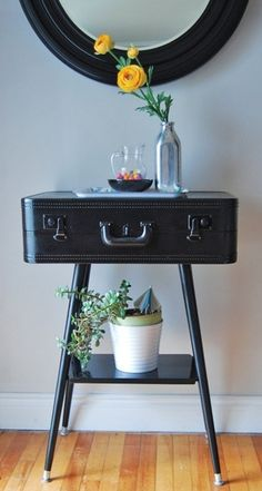 old vintage suitcase - Click image to find more Home Decor Pinterest pins
