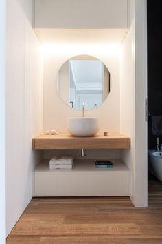 Best Modern Bathroom Design Photos And Ideas - Page 4 Shabby Chic Interiors, Shabby Chic Decor, Modern Bathroom, Small Bathroom, Bathroom Ideas, Ikea Bathroom, Bathroom Mirrors, Bathroom Fixtures, Serene Bathroom
