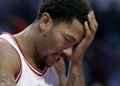 Derrick Rose Out 4-6 Weeks After Orbital Fracture in Practice- http://getmybuzzup.com/wp-content/uploads/2015/09/523559-thumb.jpg- http://getmybuzzup.com/derrick-rose-out-4-6-weeks/- By Larry Simmons Jr Bulls MVP caliber point guard Derrick Rose cannot seem to catch a break, no pun intended. Only days after stirring up backlash regarding his future with the Chicago Bulls as his contract nears its end, the injury bug shows up during the first day of practice. Yes, the very...-