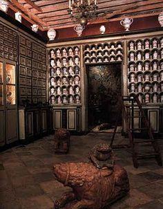 18th Century Apothocery's Shop