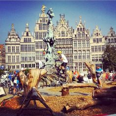 pic by @ antwerpen Grote Markt - World Cup Trail
