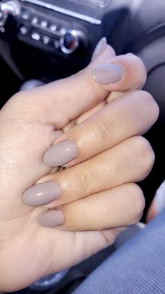 Taupe-less beach opi