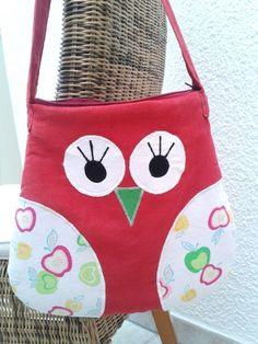 """Tasche  Handtasche  Shopper  Umhängetasche      """"Eule""""  FebruarMix      super schöne Eulentasche in rot mit Patchworkstoff von Robert Kaufmann komb..."""