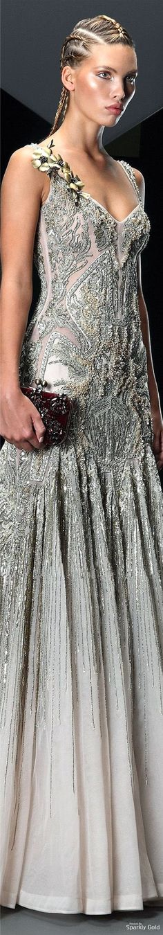 Basil Soda Fall 2016 Couture. (This says its from the Fall 2016 collection but I thought it was from the 1920s at first!)