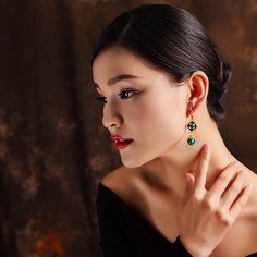 Luxury Retro Dangle Earrings Cloisonne Flower Agate Handmade Gold Earrings for Women Ethnic Jewelry Gold Earrings For Women, Wearable Device, Ethnic Jewelry, Women's Earrings, Retro, Agate, Dangles, Jewelry Watches, Women Jewelry