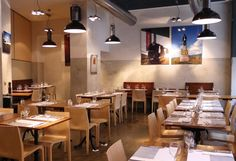 Le Réservoir  1 On y vient pour les vins et l'on retourne pour l'ambiance. À ceux qui aiment les nouveaux horizons, ce restaurant et bar à vins propose une initiation au vin à travers un dîner œnologique, soit cinq plats accompagnés de cinq vins différents.