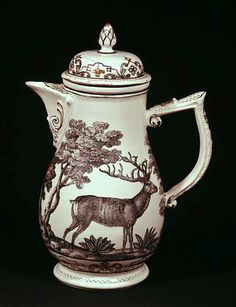Coffee pot and cover, by Imperial Vienna Porcelain factory, at V in London. Love the Stag. Chocolate Pots, Chocolate Coffee, Oh Deer, Antique China, China Patterns, Tea Set, Tablescapes, Dinnerware, Stoneware