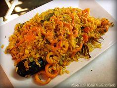 arroz con camarones recipe (peruvian shrimp and chorizo paella)