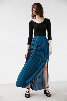 Kimchi Blue Pleated Maxi Skirt
