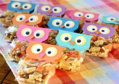 Check out our picks for healthy Halloween snacks that will have your little goblins grubbing on the good stuff. Halloween Snacks For Kids, Healthy Halloween Treats, Owl Parties, Owl Birthday Parties, Owl Treat Bags, Owl Treats, Cumpleaños Diy, Art For Kids, Crafts For Kids