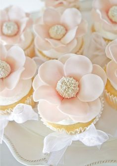 Nice And Chic El postre de la boda - Cupcakes » Nice And Chic
