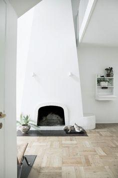 pinned by barefootstyling.com  Stor familievilla: Et helt særligt hus - Boligliv