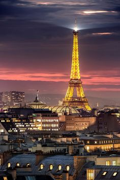 Eiffel Tower Paris by Antonio GAUDENCIO Photographer on 500px