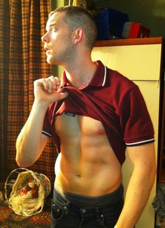 Russell George Tovey (born 14 November is a British actor with numerous television, film and stage credits. Russell Tovey, Gay, Hot Actors, Hottest Pic, British Actors, Role Models, Sexy Men, Hot Men, Beautiful Men