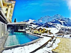 Outside heated infinity pool at @thecambrianadelboden great Hotel with amazing views to the mountains.  #luxurydestination #luxwt #luxuryhotels #uniquehotels #luxurytraveler #boutiquehotels #bestvacations  #fantrip #bestdestinations #vacations #Wes2travel #instatravel #viajarfazbem #viagemestadao #viajenaviagem #loucosporviagem #triplookers #besttravels #wanderlust #travelblog #missãovt #travelling #1001placestogo #travelawesome #wonderful_vacations by proximatrip