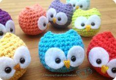 Ravelry: Baby Owl Amigurumi pattern by Josephine Wu Crochet Diy, Crochet Owls, Crochet Amigurumi, Amigurumi Patterns, Crochet Animals, Crochet Crafts, Crochet Projects, Crochet Patterns, Crochet Mignon
