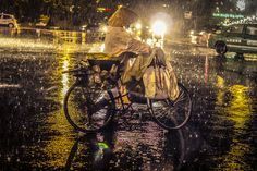 Đà Lạt đêm mưa  #Travel #VietNam #Night #Rainy #DaLat