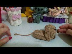 New Crochet Purse Animal Ideas 25 Ideas Crochet Blanket Border, Crochet Stitches For Blankets, Crochet Mittens, Cute Crochet, Crochet Toys, Crochet Key Cover, Crochet Purses, Crochet Animals, Handmade Toys