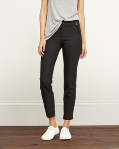 Womens Zip Pocket Skinny Pants | Lightweight and comforttable with a skinny fit and zip pockets at front | Abercrombie.com