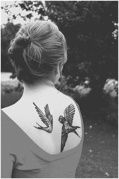 A beautiful pair of bird back tattoos. #birds #ink #tattoos