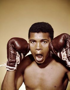 Muhammad Ali was one of the most inspiring athletes in history. Here are 30 of the greatest Muhammad Ali quotes to inspire you to achieve your own goals. Alabama, Muhammad Ali Quotes, Float Like A Butterfly, Boxing Champions, Sport Icon, Sports Stars, Martial Arts, All About Time, Athlete
