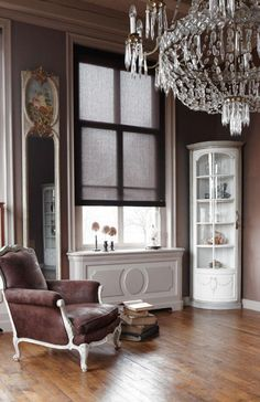 Feel like an aristocrat in your home with Bece roller shades!