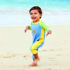 """When Do Toddlers Start Running? If your toddler is on the run or you think he will be soon, here's what you need to know about your dashing dynamo. """"The hu"""