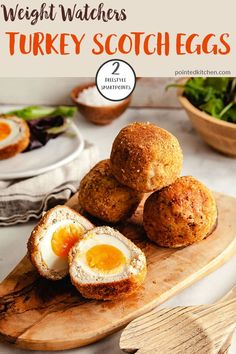 Scotch Eggs made with ground turkey are delicious! They are oven baked making them a perfect Weight Watchers lunch recipe. At just 2 Smart Points per Scotch Egg they also make the perfect low point Weight Watchers snack. Weight Watchers Pasta, Weight Watchers Lunches, Weight Watchers Desserts, Healthy Egg Recipes, Ww Recipes, Brunch Recipes, Skinny Recipes, Healthy Food, Tailgating Recipes