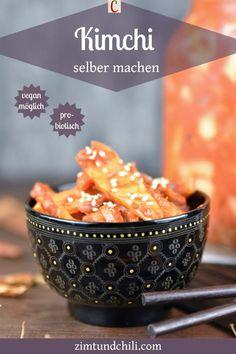 KIMCHI SELBER MACHEN - EIN TRADITIONELLES REZEPTKimchi ist Sauerkraut auf koreanisch. Sauer, scharf und umami, so schmeckt Kimchi. Mit diesem traditionellen Rezept kannst du dein Kimchi einfach selber machen. Durch die Fermentation bekommst du ein gesundes und probiotisches Sauerkraut mit einem ganz eigenen Aroma. Es ist auch vegan möglich. #KimchiRezept #koreanischeRezepte #fermentierenRezepte veganeRezepte #glutenfreieRezepte #FermentationRezepte #gesundeRezepte #probiotischeRezepte Sauerkraut, Chili, Cereal, Vegan, Breakfast, Tableware, Food, Chinese Cabbage, Cinnamon