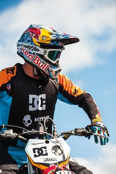 Discover the Maddo's Pipe Dream Video. DC Shoes is the best place to discover and buy Skate, Snowboard & Motors products online ! Dirt Bike Riding Gear, Motorcycle Dirt Bike, Pit Bike, Dirt Bike Helmets, Dirt Biking, Bike Handlebars, Motorcycle Quotes, Motocross Love, Motocross Girls