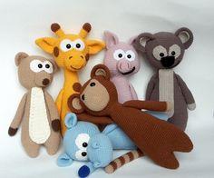 Die Zootiere brechen aus: Häkelanleitung für süße Tier-Puppen / zoo animals escape: crocheting instruction for cute animal dolls made by Streifgetier via DaWanda.com