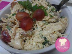 Salada de frango com uva http://www.anaclaudianacozinha.com/2014/04/salada-de-frango-com-uva.html