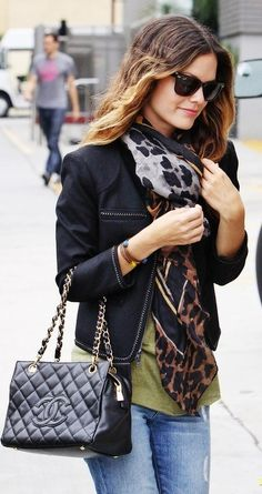 #Rachelbilson rocks a classic Chanel bag with a blazer and scarf