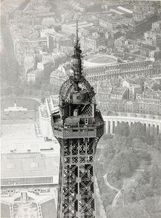 The Eiffel Tower Paris circa 1920 Fonds Gustave Eiffel Durandaud Gustave Eiffel, Torre Eiffel Paris, Paris Eiffel Tower, Old Paris, Vintage Paris, Best Vacation Destinations, Fairytale Castle, I Love Paris, Tours