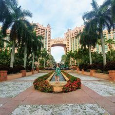 Best Things To Do in Atlantis Resort Bahamas If Atlantis is on your bucket list or you're planning a return visit, you'll love this list of the top 20 things to do at Atlantis Paradise Island Resort. If Atlantis is on your bucket Atlantis Resort Bahamas, Bahamas Resorts, Bahamas Honeymoon, Bahamas Vacation, Bahamas Cruise, Nassau Bahamas, Vacation Trips, Cruise Port, Beach Vacations